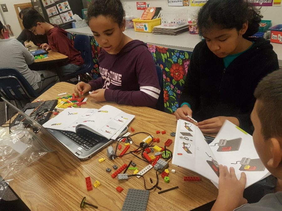 Students building robots